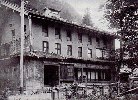 昭和初期頃の水上機業場